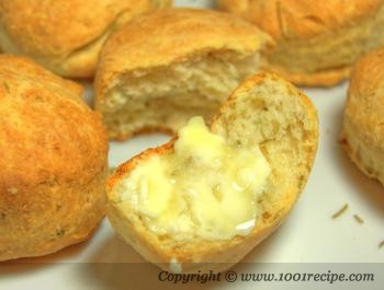 Rosemary and Parmesan Biscuit