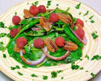 Spinach Salad with Roasted Pecans and Raspberry Vinaigrette