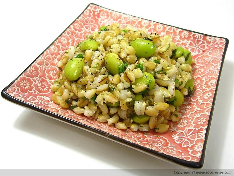Whole grain and bean salad Photo
